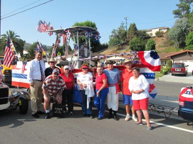 July 4th HHIA float