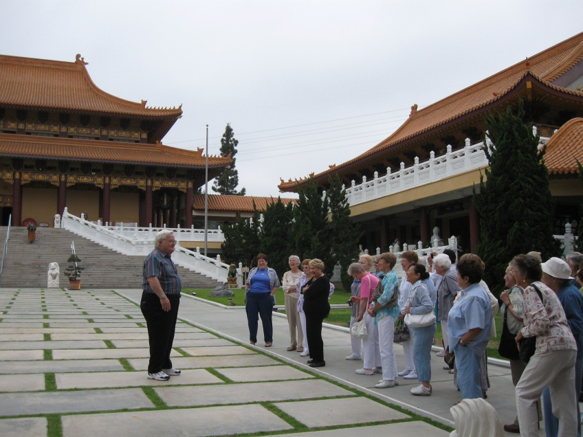 Hsi Lai temple tour